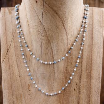 Sautoir pierre opale bleue